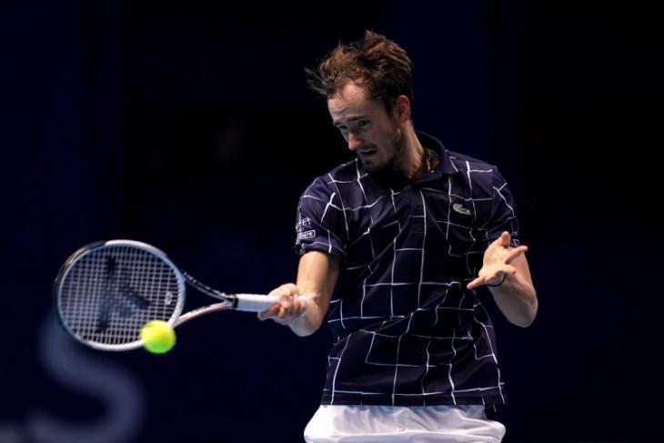 Medvedev menang perdana di ATP Finals bungkam Zverev
