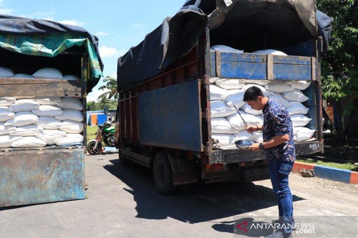 Bulog beli 3.000 ton beras petani