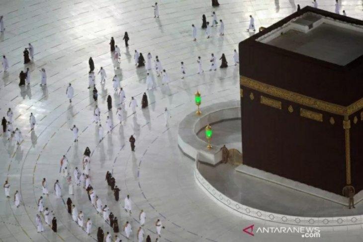 Arab Saudi tutup visa umrah akibat jemaah Indonesia positif COVID-19? Ini penjelasannya