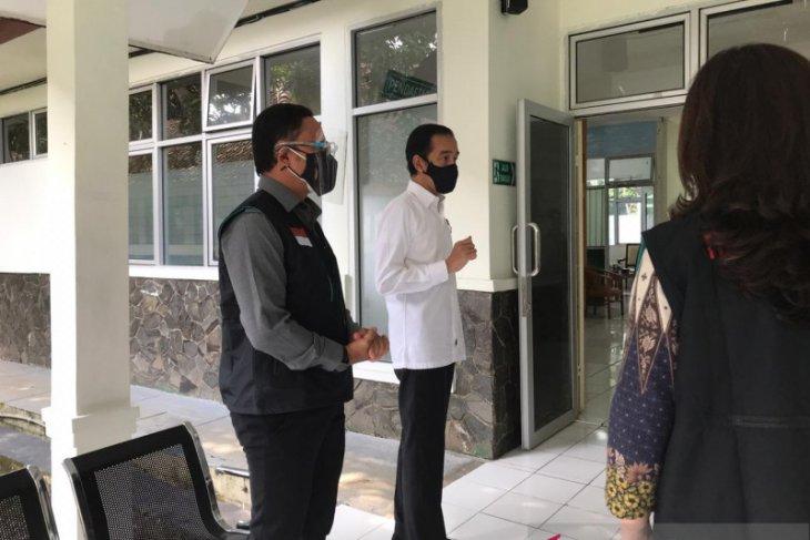 Presiden Jokowi perkirakan vaksinasi COVID-19 akhir Desember 2020