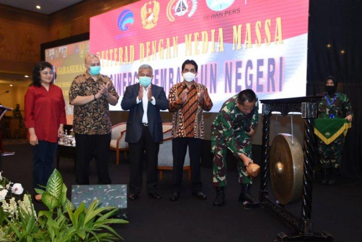 Kodam XVIPattimura Kinerja TNI di pelosok kurang terekspos media massa