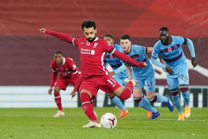 Mohamed Salah positif COVID-19, Williams cedera, Liverpool krisis pemain