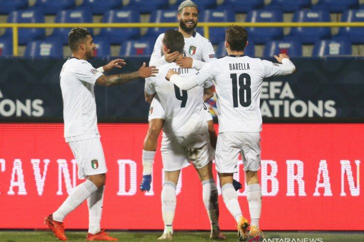 Italia ke empat besar setelah membungkam Bosnia, Belanda juga menang