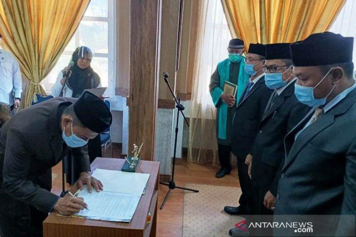 Pelantikan pejabat baru di Nagan Raya, Tamarlan jabat Kadis PUPR, Mistar jadi Kadis Perkim