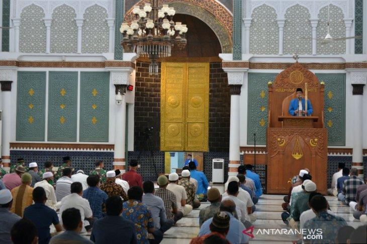 Govt prepares template for alternative Friday sermons