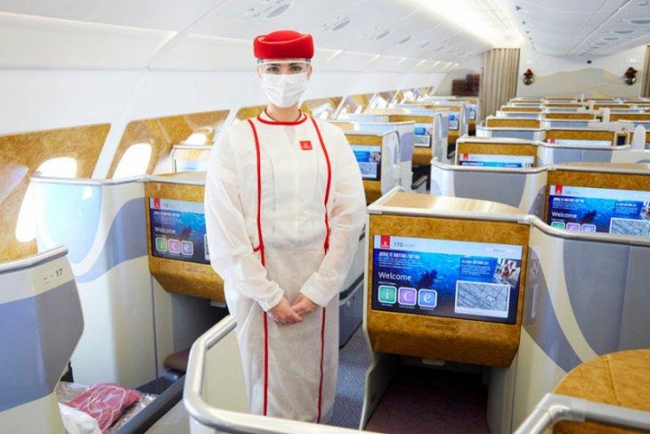 Emirates dinobatkan maskapai teraman tanggapi COVID-19