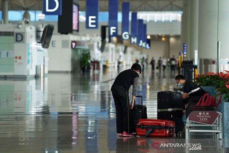 Hong Kong sementara larang penerbangan dari India, Pakistan, Filipina