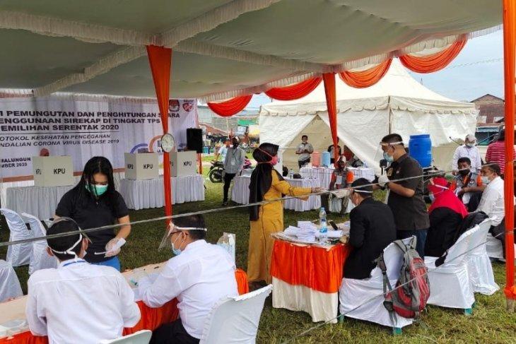 KPU Simalungun yakinkan keamanan kesehatan pemilih melalui simulasi putungsura