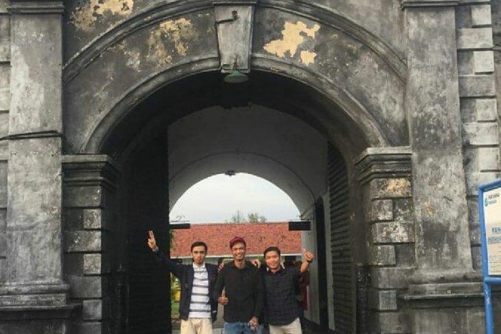 Waktu kunjungan Benteng Marlborough Bengkulu ditambah