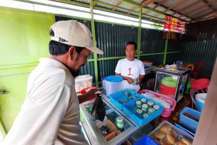 Kampanye warung kopi ala Syafruddin H Maming