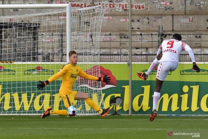 Liga Jerman: Hattrick Mateta bawa Mainz petik kemenangan perdana musim ini