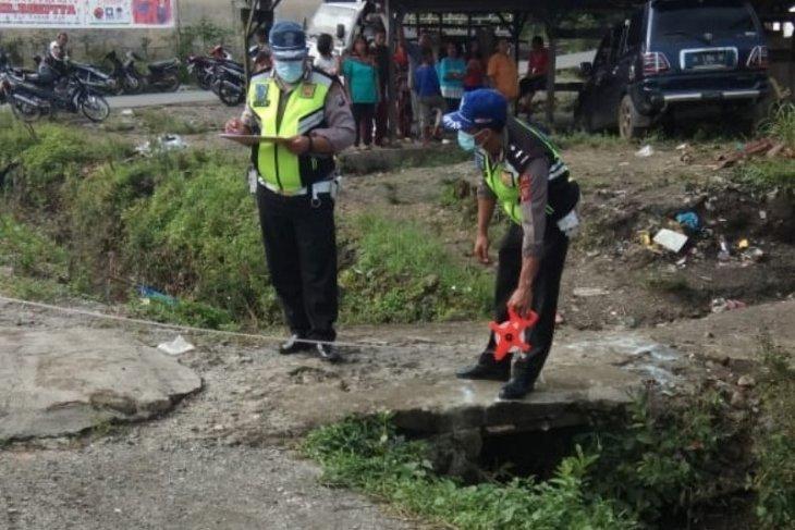 Mobil lepas kendali, tabrak tewas ibu pejalan kaki