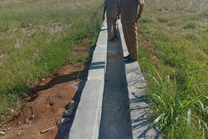 Kelompok tani Mukomuko selesaikan pembangunan pintu air