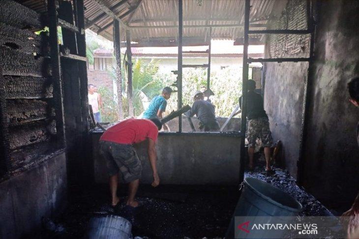 Mayoritas bangunan yang terbakar di Mukomuko karena korsleting listrik