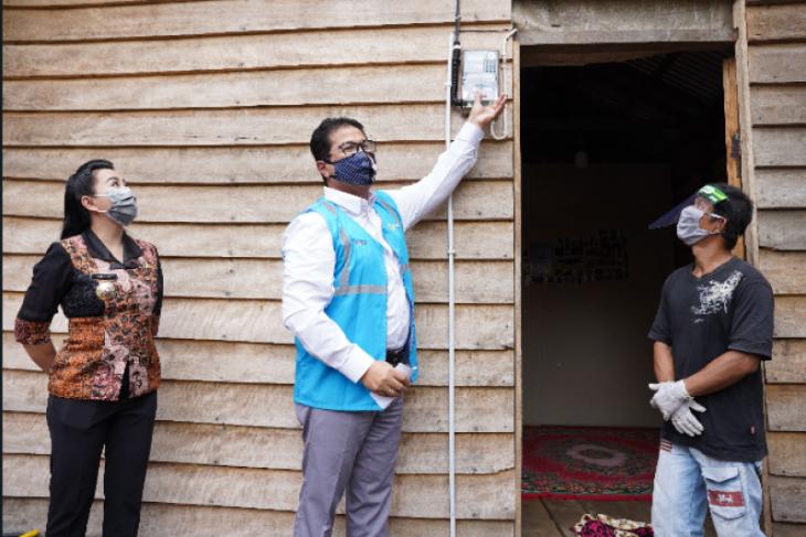 1.200 rumah warga kurang mampu di Kalbar dapat bantuan listrik gratis