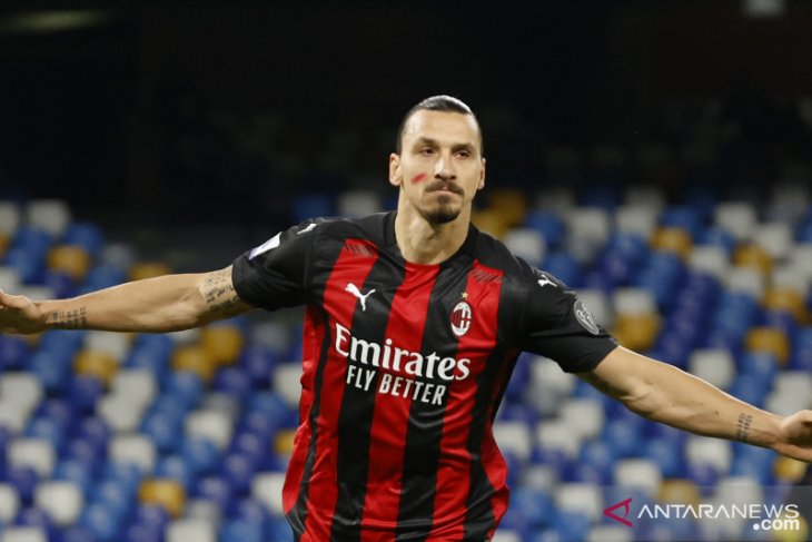 Zlatan  Ibrahimovic isyaratkan perpanjang kontrak di AC Milan