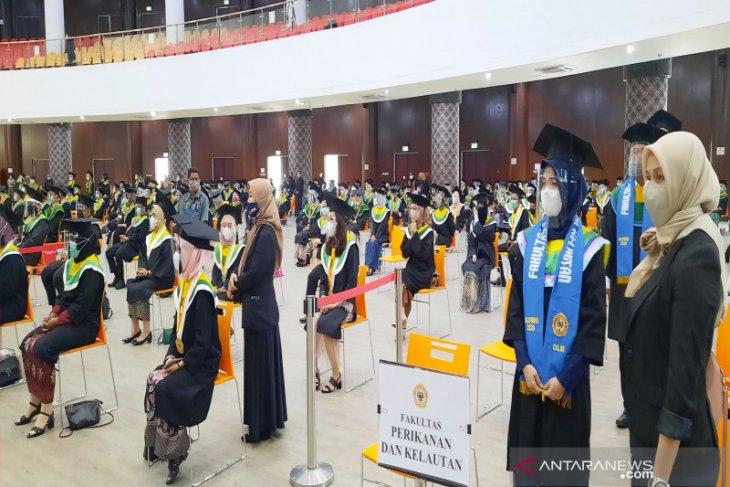 Universitas Lambung Mangkurat sukses lagi gelar wisuda tatap muka di tengah pandemi