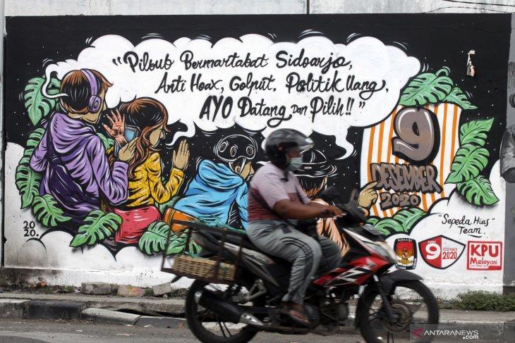 Mural sosialisasi Pilkada serentak 2020