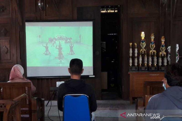 221 kelompok kesenian ikuti Festival Kesenian Rakyat Ruwat Rawat Borobudur