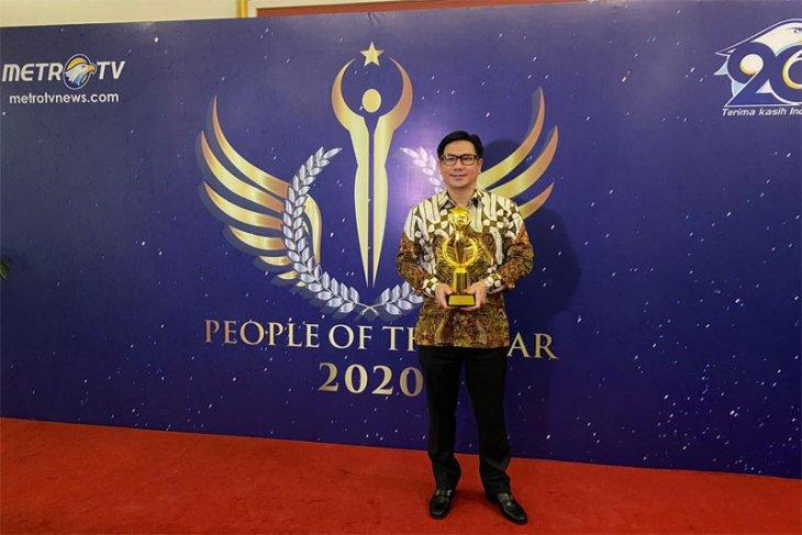 Dukung UKM, Alfamart Raih Penghargaan Best CEO of the Year 2020