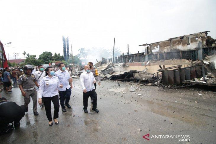 24 ruko terbakar di kawasan Terminal Ngabang