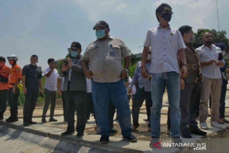 Kanal Cikarang-Bekasi Laut bertahun-tahun tercemar limbah industri