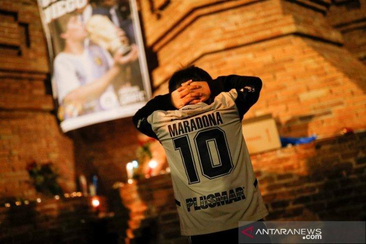 Liga Spanyol pekan ini diawali mengheningkan cipta untuk Maradona