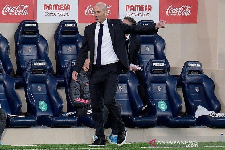 Liga Spanyol: Zidane keluhkan kepadatan jadwal di tengah badai cedera Real Madrid