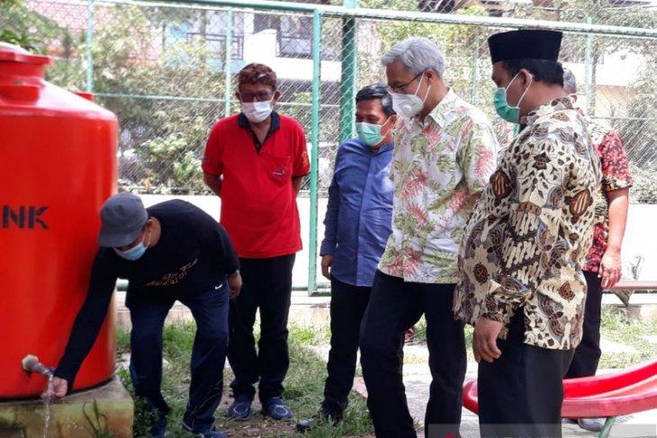 Dua RW di Cipondoh terima penghargaan kampung Iklim tingkat nasional