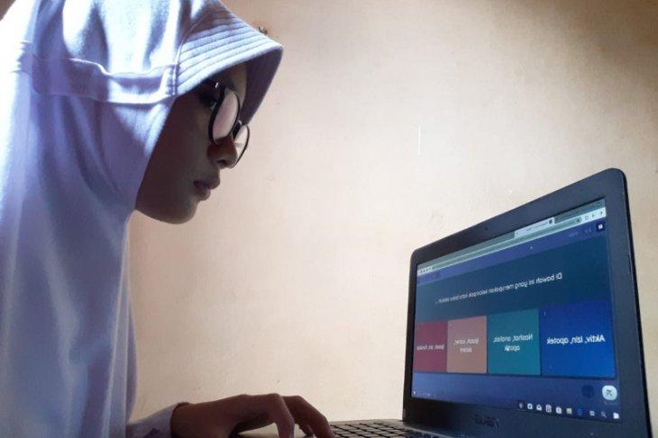 Dinas Pendidikan Kabupaten Gorontalo tingkatkan kualitas belajar secara daring