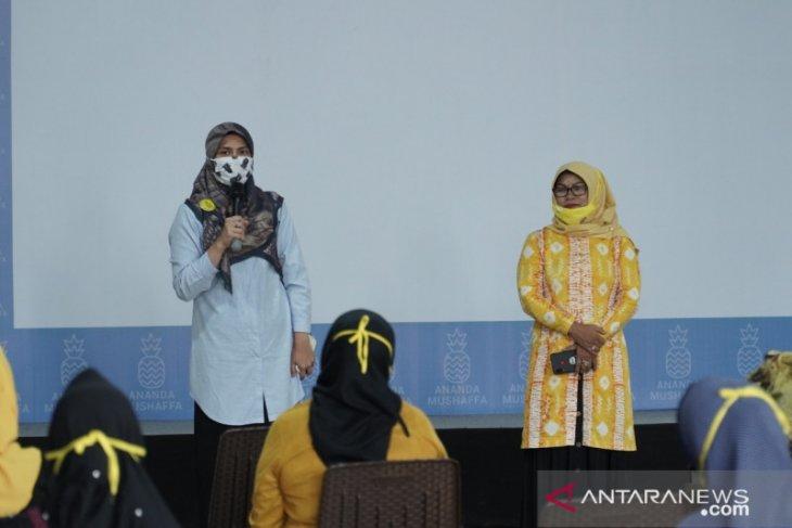 HWK: Perempuan Golkar harus dukung Hj Ananda di Pilkada Kota Banjarmasin