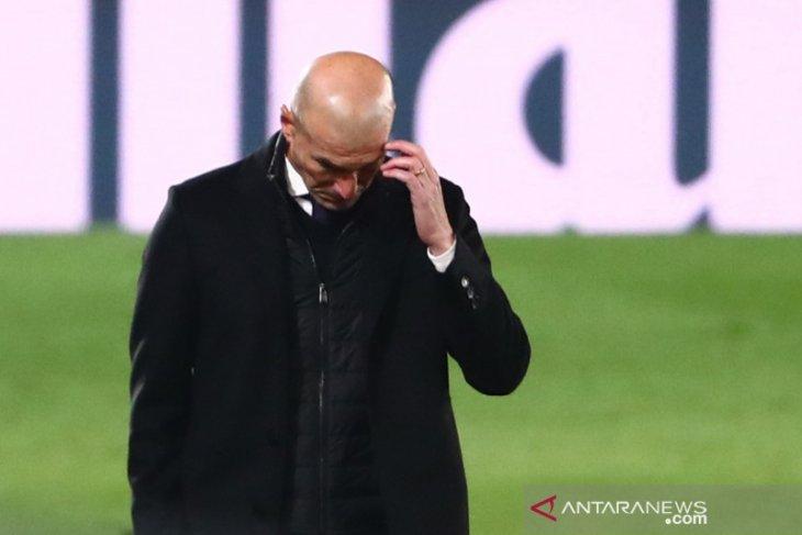Zidane mengisolasi diri tiga hari