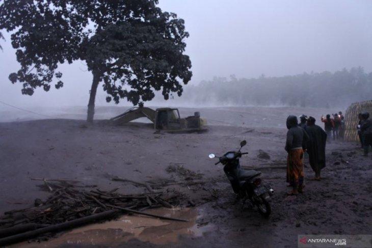 Bupati Lumajang minta warga waspadai lahar panas di DAS dampak aktivitas Semeru