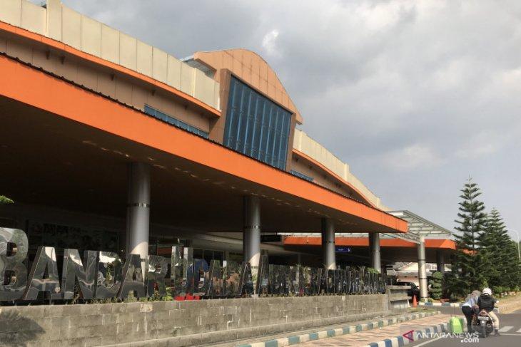 Penerbangan Bandara Abd Saleh Malang tak terpengaruh aktivitas Gunung Semeru