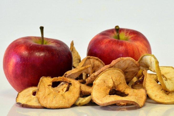 Makan buah kering bagus untuk kesehatan