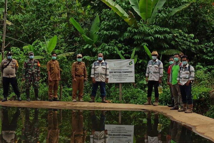 Adaro Metcoal Companies bantu sarana air bersih