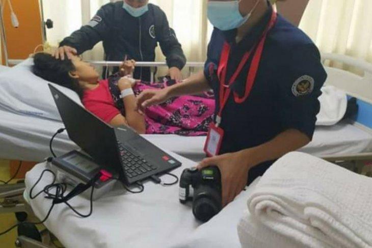 KJRI Kuching bantu pulangkan pekerja asal Kalbar yang sakit