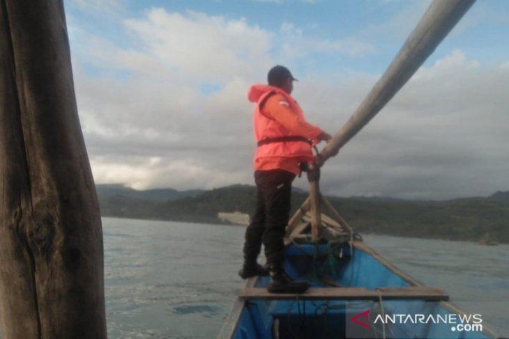 Remaja tenggelam di laut Sukabumi masih dalam pencarian