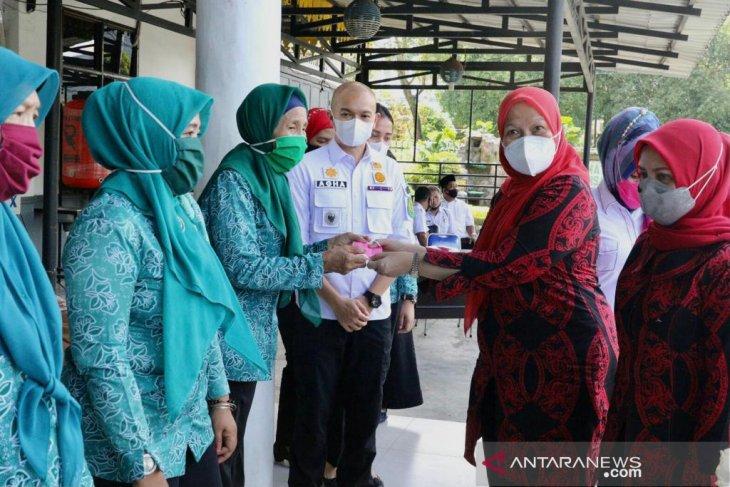Ketua TP-PKK Kota Medan minta kader sosialisasikan Perwal AKB