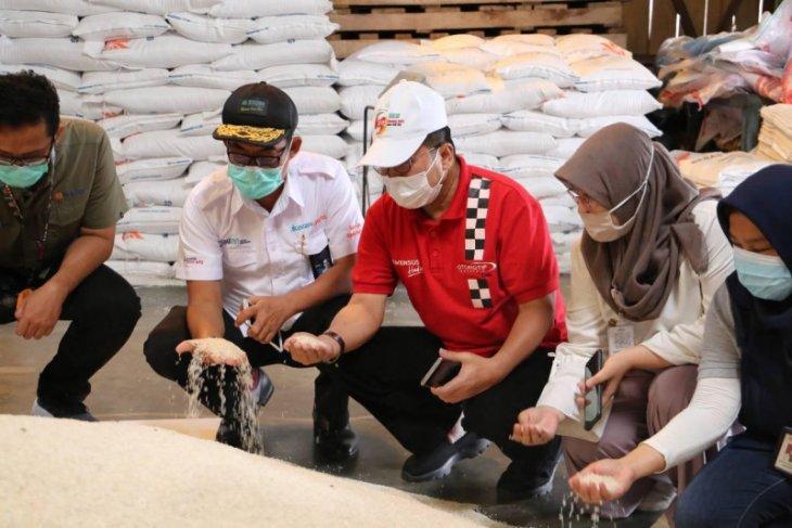 Bulog Lebak-Pandeglang jamin ketersediaan beras cukup selama 5 bulan