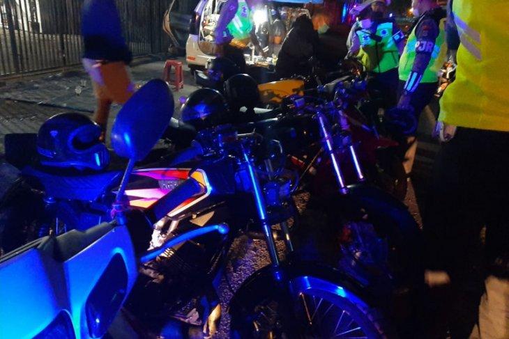 Polda Bali tindak pengguna motor modifikasi untuk balap liar