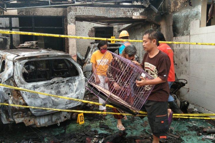 Polisi libatkan Puslabfor selidiki kebakaran rumah pejabat Dinkes Tulungagung