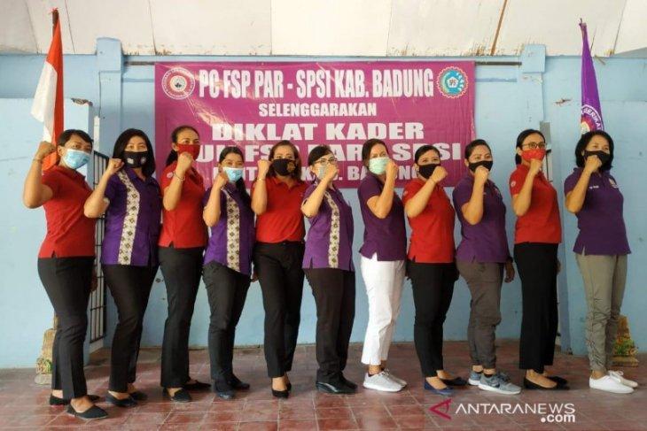 FSP Par-SPSI Kabupaten Badung gembleng kader melek hak perempuan