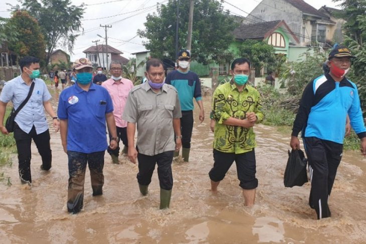 Tiga korban banjir di Sumatera Utara belum ditemukan