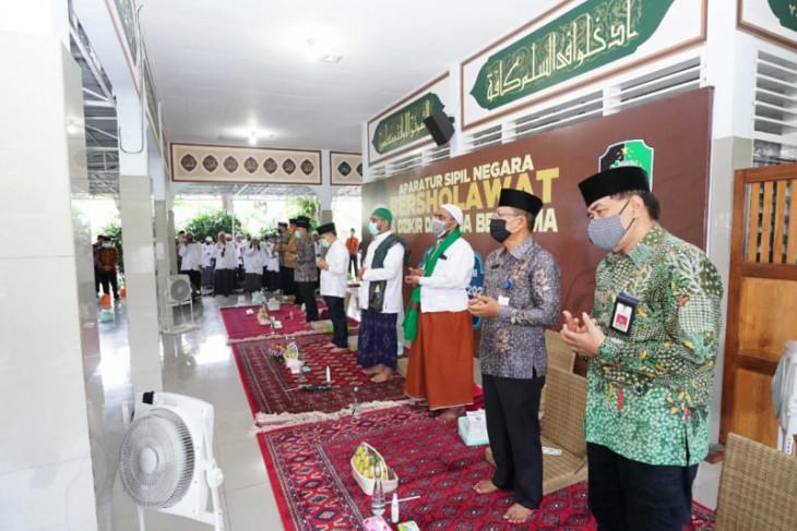 ASN Banyuwangi gelar doa bersama jelang akhir tahun