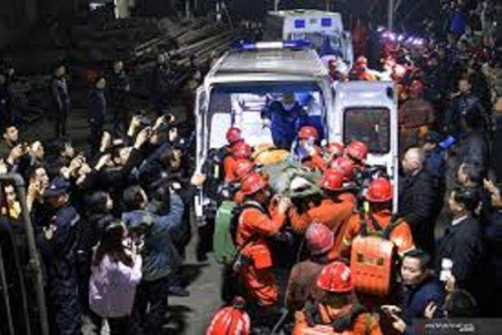 Belasan orang tewas usai terjebak di tambang batu bara China