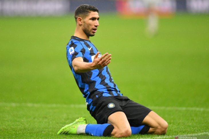Achraf Hakimi mengukir dwigol untuk membantu Inter Milan menang 3-1 atas Bologna