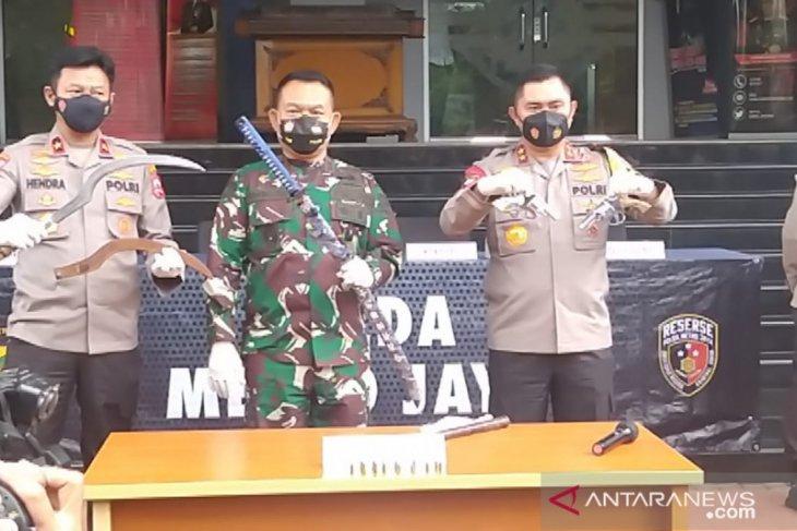 Kapolda Metro Jaya: tindak tegas pengikut Rizieq halangi penyidikan