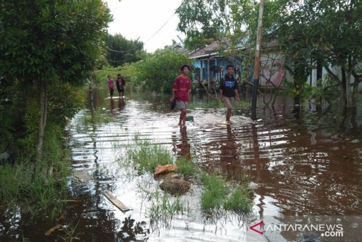 Kerap kebanjiran, ini harapan Warga Kampung Tengah Mempawah