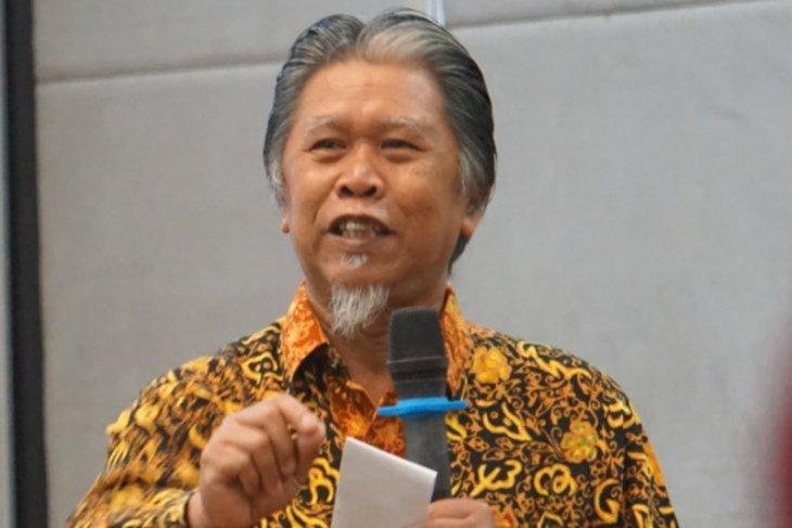 Pontianak's Tonggak Equator Polytechnic wins very good accreditation: LLDIKTI